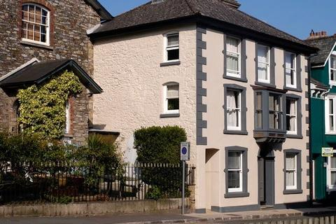 Guest house for sale - Ashburton