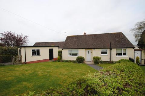 2 bedroom detached bungalow for sale - Buckingham Close, South Molton
