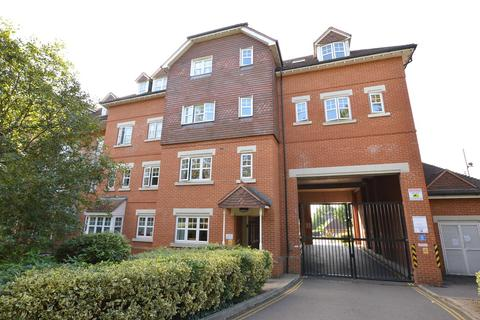 1 bedroom apartment to rent - Abingdon Court, Heathside Road