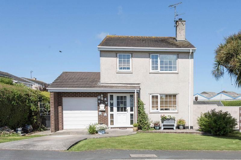 3 Bedrooms Detached House for sale in Llain Bryniau, Holyhead