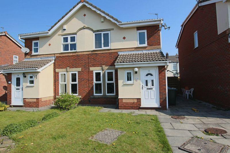 3 Bedrooms Semi Detached House for sale in Juniper Drive, Firgrove, Rochdale OL16 3BE