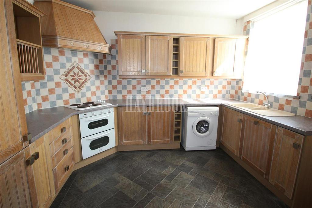 2 Bedrooms End Of Terrace House for rent in Smithfield Road, Charnock S12