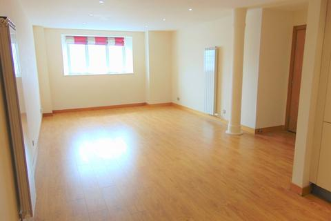 2 bedroom apartment to rent - Apt 60 East Float Quay, Dock Road