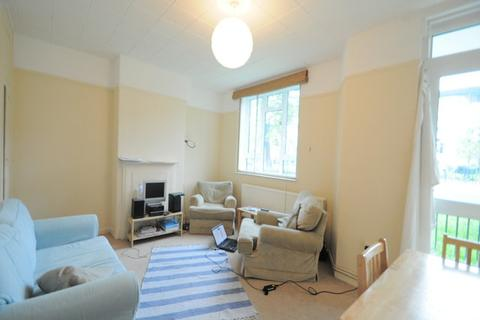 2 bedroom flat to rent - Leary House, London, SE11 5LH