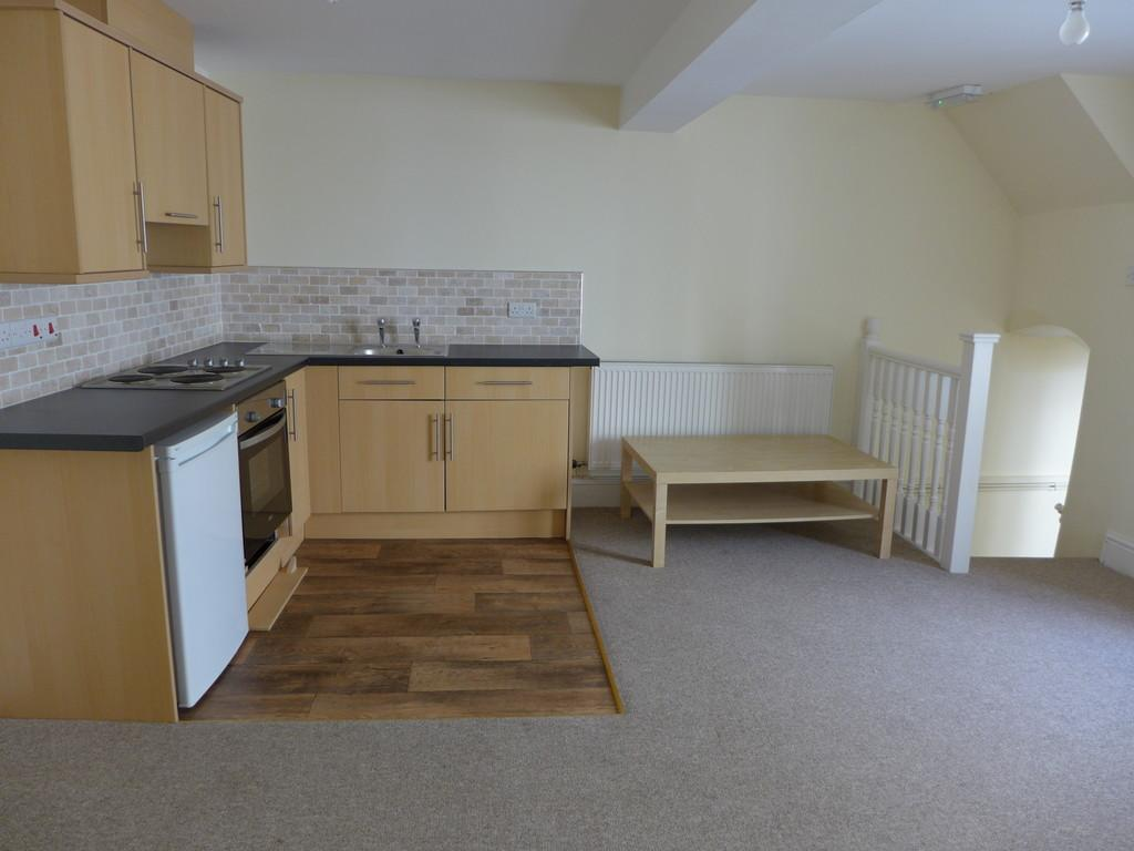 2 Bedrooms Flat for sale in High Street, Haverfordwest
