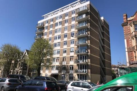 2 bedroom flat to rent - NORMANDY HOUSE, THE DRIVE, HOVE