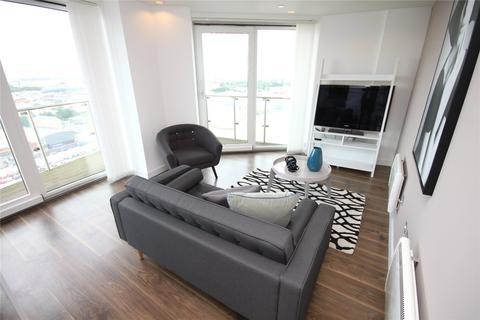 2 bedroom flat to rent - TheHeart, MediaCityUK, Salford Quays, M50
