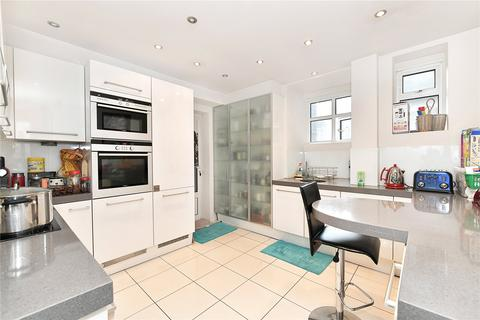 3 bedroom flat to rent - Maitland Court, Lancaster Terrace, Hyde Park, London