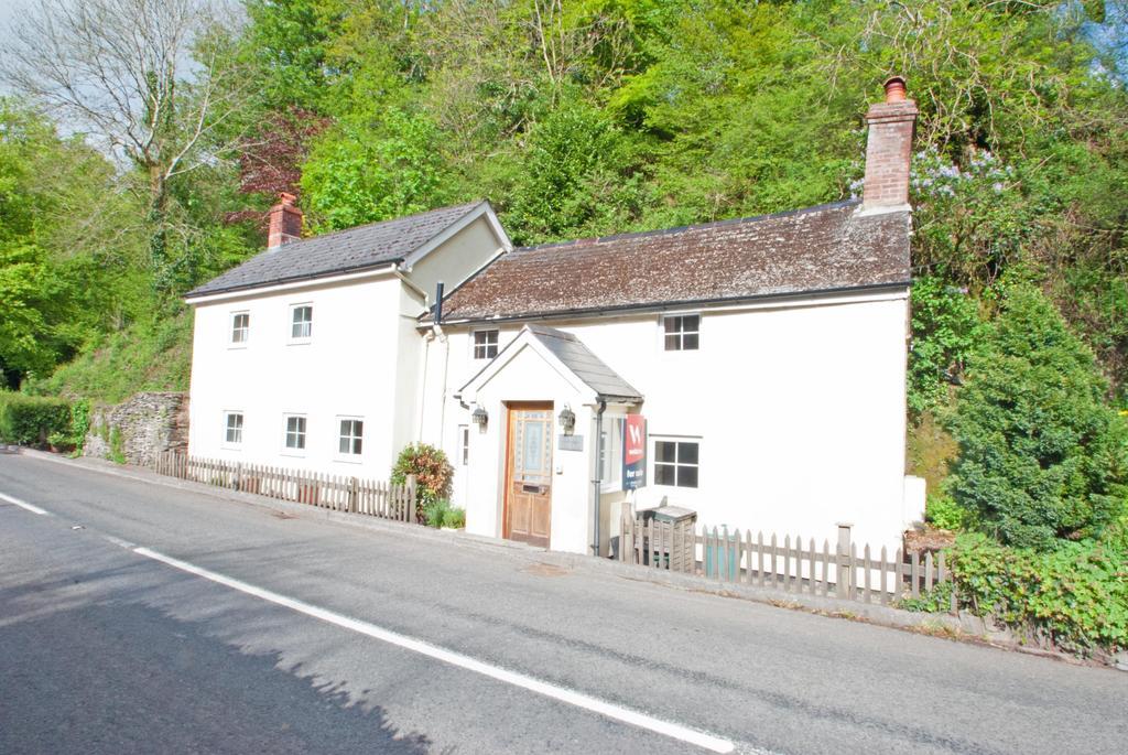 3 Bedrooms Detached House for sale in Bridgetown, Dulverton