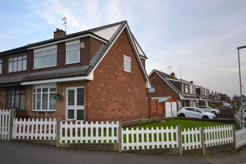 3 Bedrooms Semi Detached House for sale in Hinckley Road, St Helens