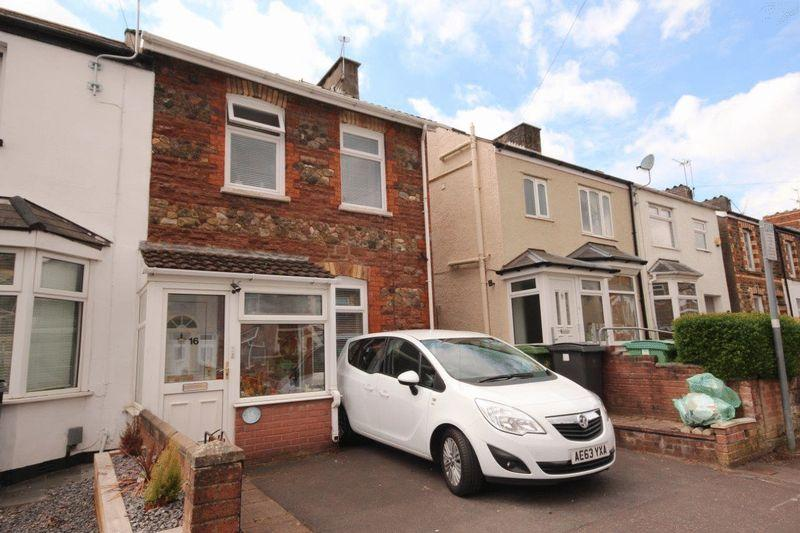 3 Bedrooms Terraced House for sale in Watson Road, Llandaff North