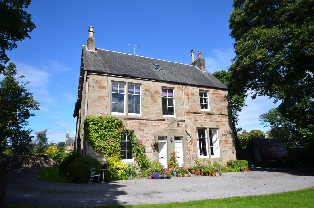 4 Bedrooms Apartment Flat for sale in The Old Manse, 3 Doonholm Road, Alloway, Ayr, KA7 4QQ