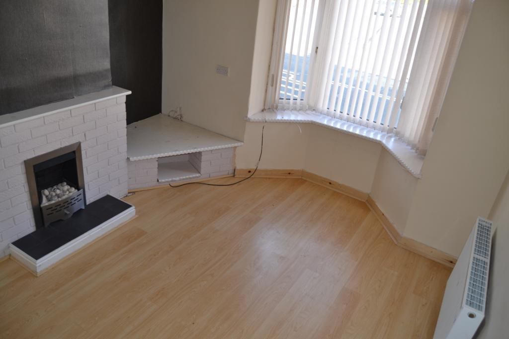 2 Bedrooms Terraced House for rent in Auckland Terrace, Shildon, DL4