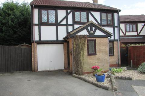 4 bedroom detached house to rent - Tilesford Close, Shirley, Solihull, B90 4YF