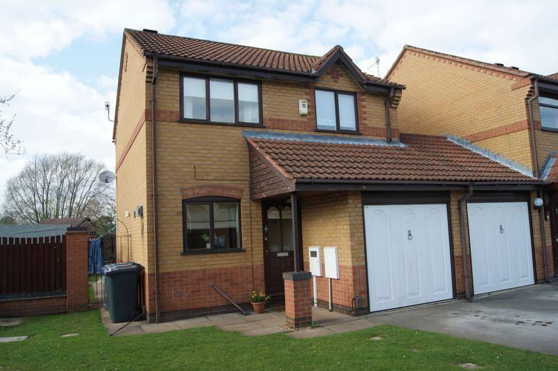 3 Bedrooms Detached House for rent in Parkstone Close, West Bridgford