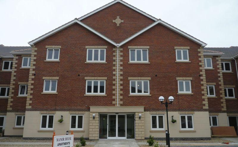 2 Bedrooms Apartment Flat for sale in Manor House, Harpham Close, Scunthorpe