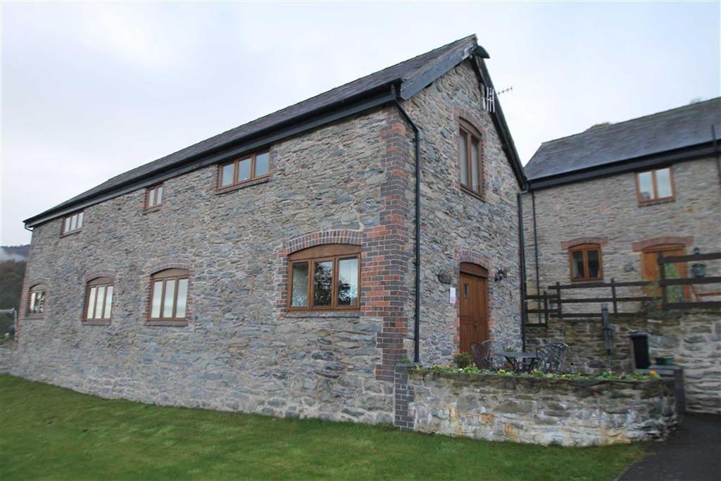 2 Bedrooms Semi Detached House for sale in Fairway View, Llangollen, Wrexham