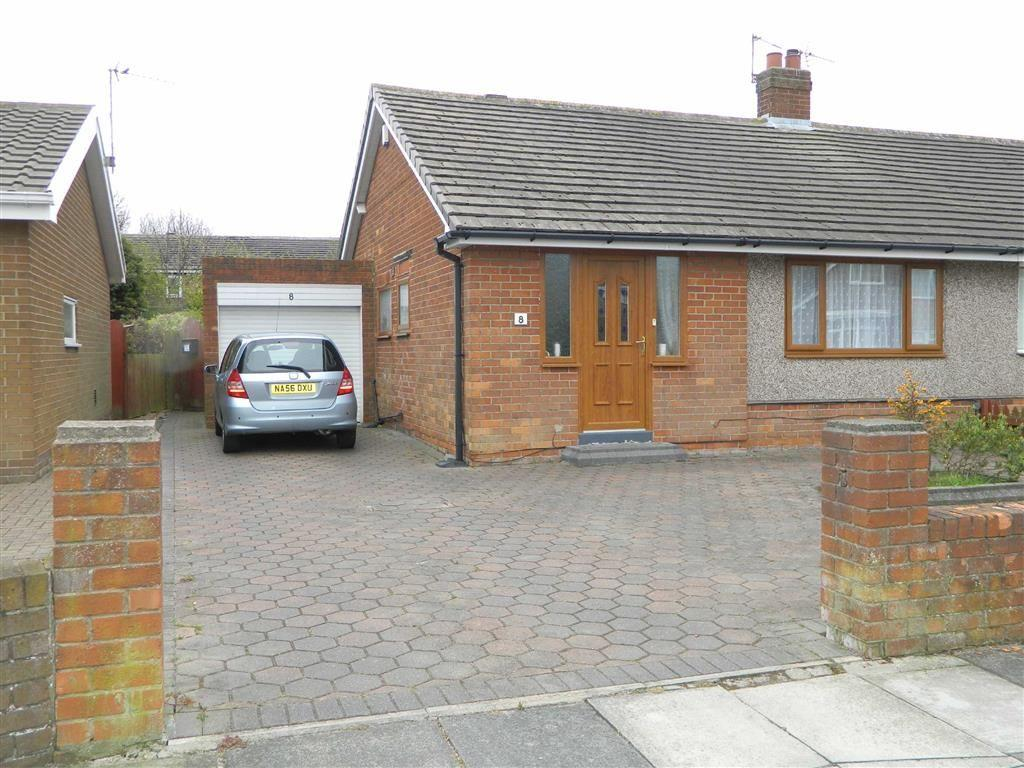 2 Bedrooms Bungalow for sale in St Anselm Crescent, North Shields, Tyne And Wear, NE29