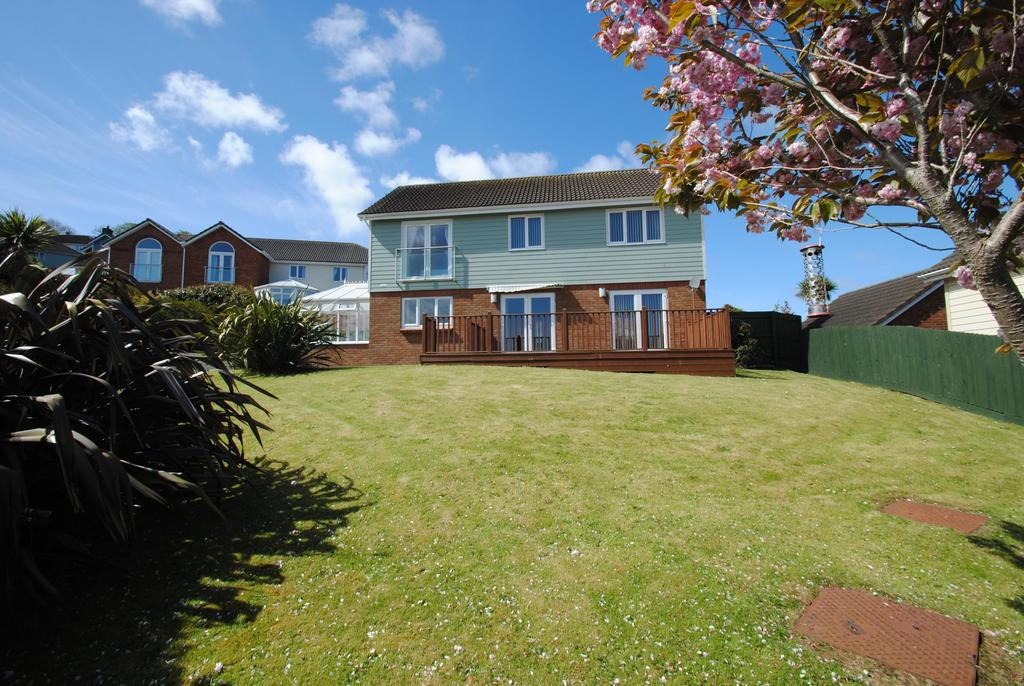 Brentwood Gardens Ilfracombe 4 Bed Detached House 380000