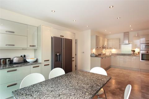 5 bedroom detached house to rent - Downsview Road, Sevenoaks, Kent, TN13