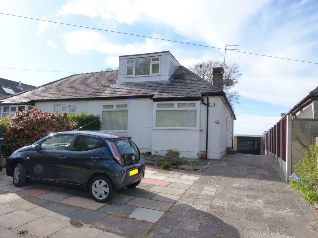 2 Bedrooms Bungalow for sale in Holborn Hill, Ormskirk, L39