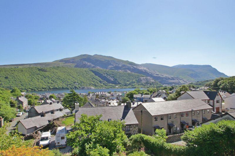 4 Bedrooms Semi Detached House for sale in Llanberis, Gwynedd