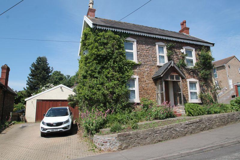 4 Bedrooms Detached House for sale in Fern Cottage, Combe Avenue, Portishead