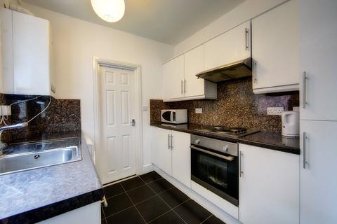 2 bedroom apartment to rent - Grosvenor Gardens, Jesmond Vale, NE2