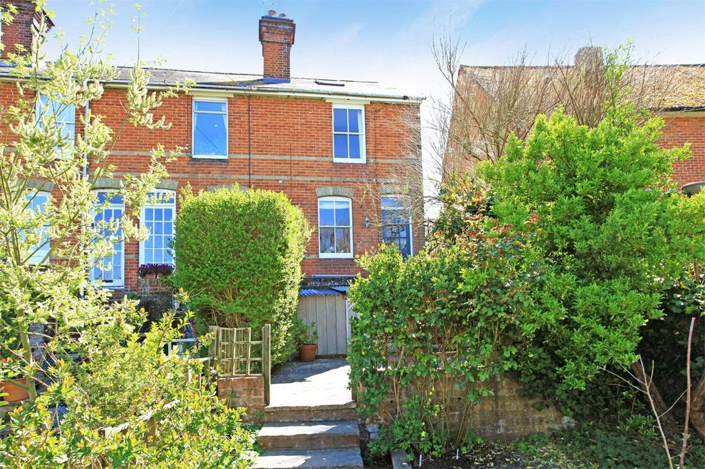 2 Bedrooms End Of Terrace House for sale in Winchester, Hampshire