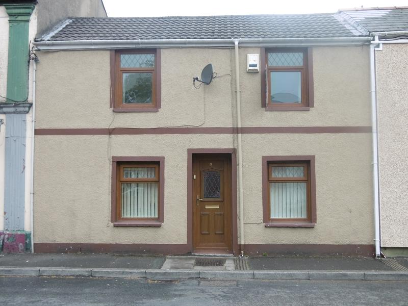 3 Bedrooms Terraced House for sale in Park Row, Tredegar, Blaenau Gwent.