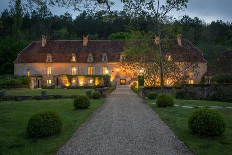 13 bedroom house  - Near Les Eyzies, Dordogne, South West France