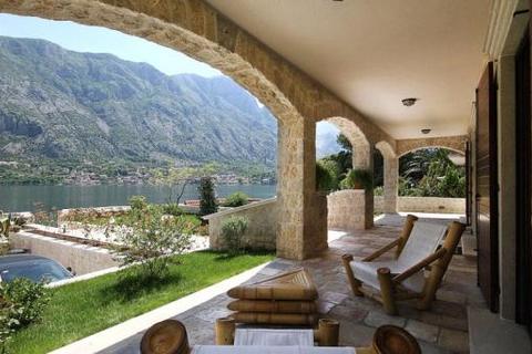 6 bedroom house  - Prcanj, Kotor Bay, Montenegro