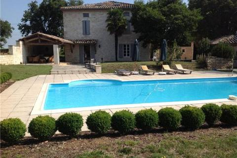 6 bedroom country house  - Near Gaillac, Tarn, South West France