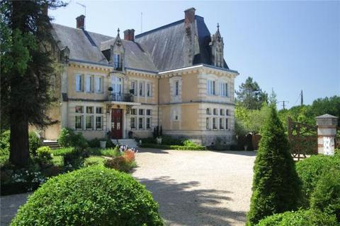 11 bedroom house  - Brantome, Dordogne, South West France
