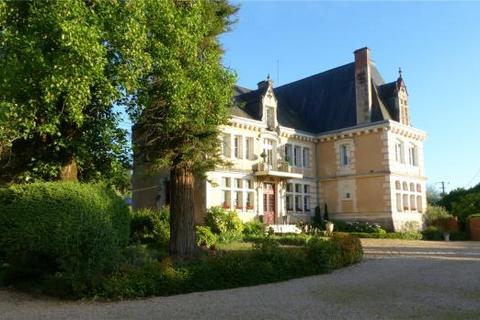 14 bedroom house  - Brantome, Dordogne, South West France