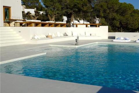 6 bedroom house  - Villa Can Gayard, Cala Tarida, Ibiza, Spain