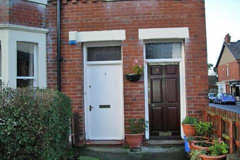 2 bedroom flat to rent - Delaval Terrace, Newcastle Upon Tyne