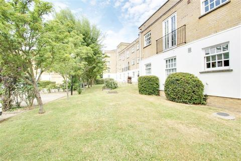 2 bedroom flat to rent - Leigh Hunt Drive, N14