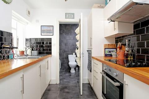 2 bedroom flat to rent - York Grove, Brighton, East Sussex, BN1