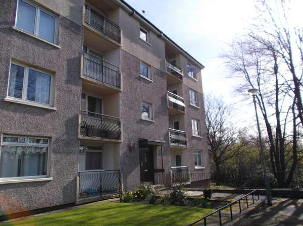 2 Bedrooms Flat for sale in 0/1, 5 Dalbeth Road, Tollcross, Glasgow, G32 8PY