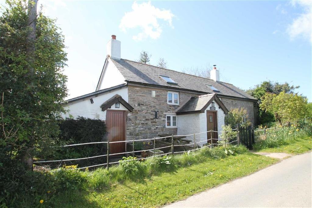 3 Bedrooms Detached House for sale in Church Stoke, Montgomery, Powys