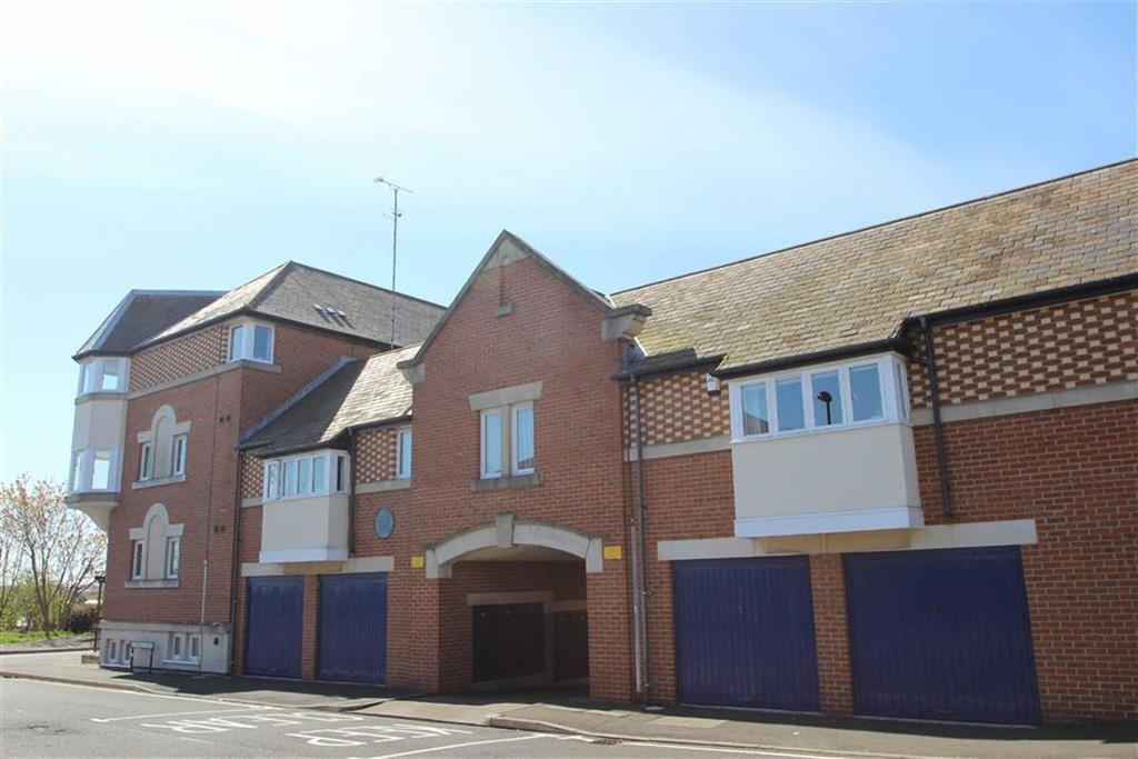 2 Bedrooms Apartment Flat for sale in Howard Court, North Shields, Tyne Wear, NE30
