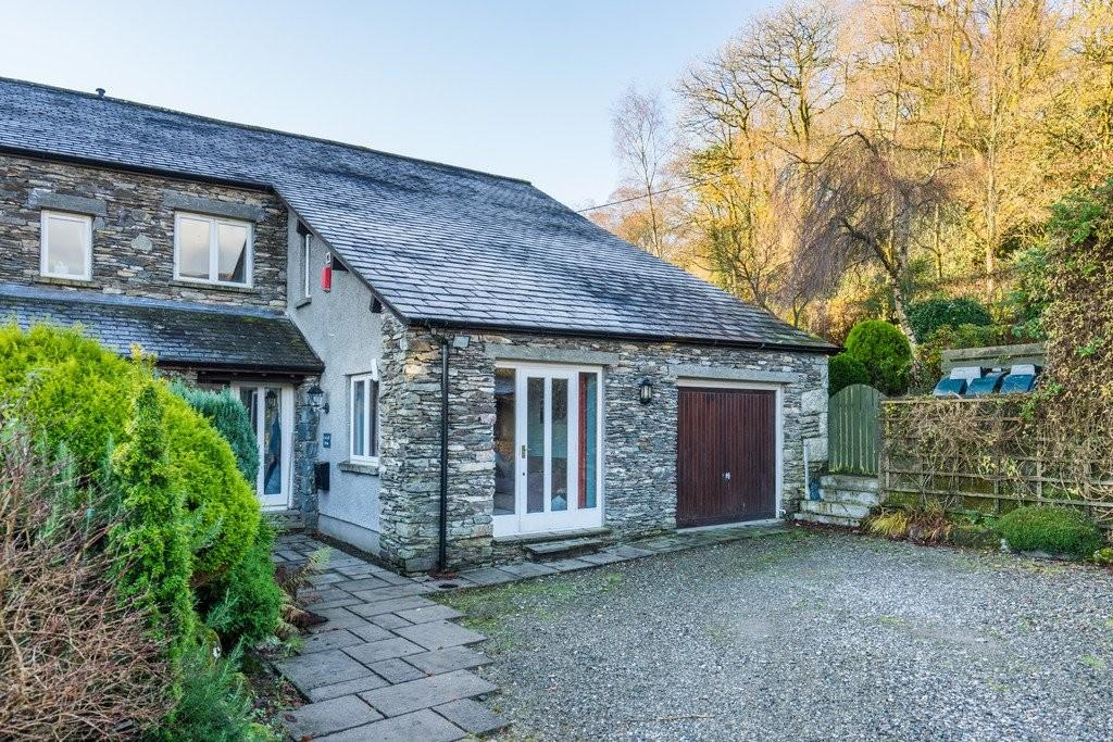 3 Bedrooms Barn Conversion Character Property for sale in Low Loft House, Thorphinsty, Cartmel Fell, Grange-Over-Sands,Cumbria, LA11 6NF