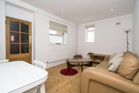 2 bedroom flat to rent - Grove Road, Bow, London, E3
