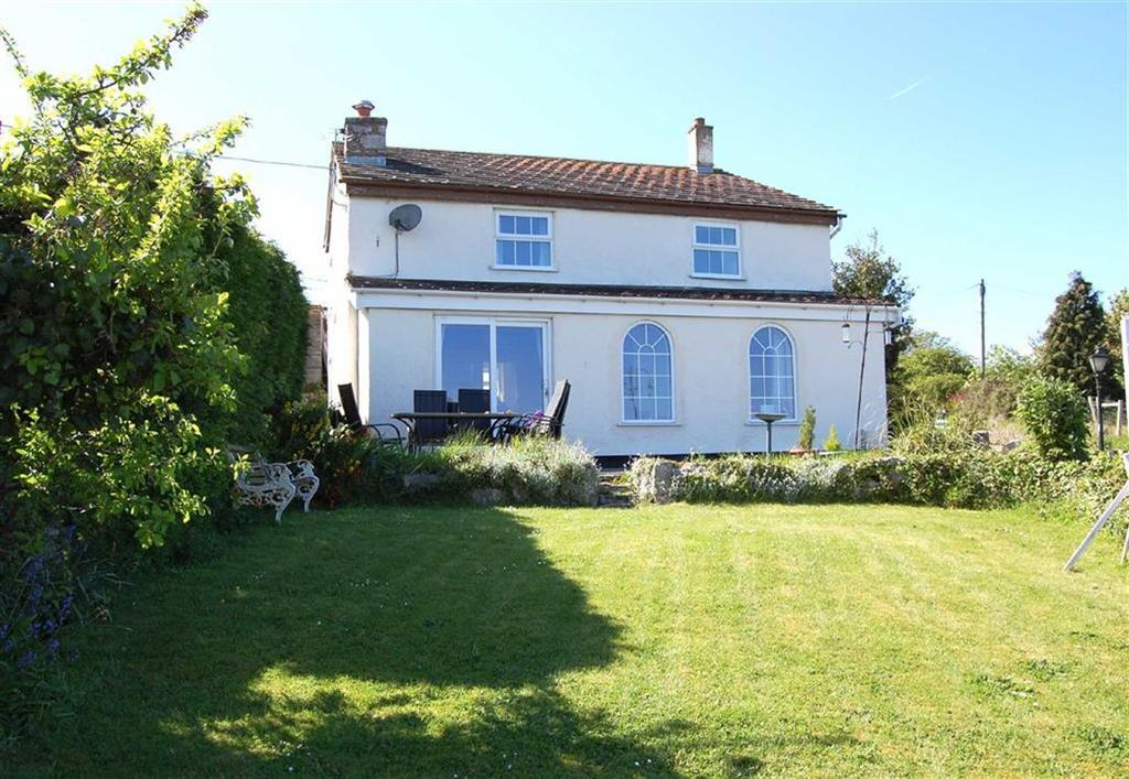 3 Bedrooms Detached House for sale in Glanwydden Road, Glanwydden, Llandudno Junction, Conwy
