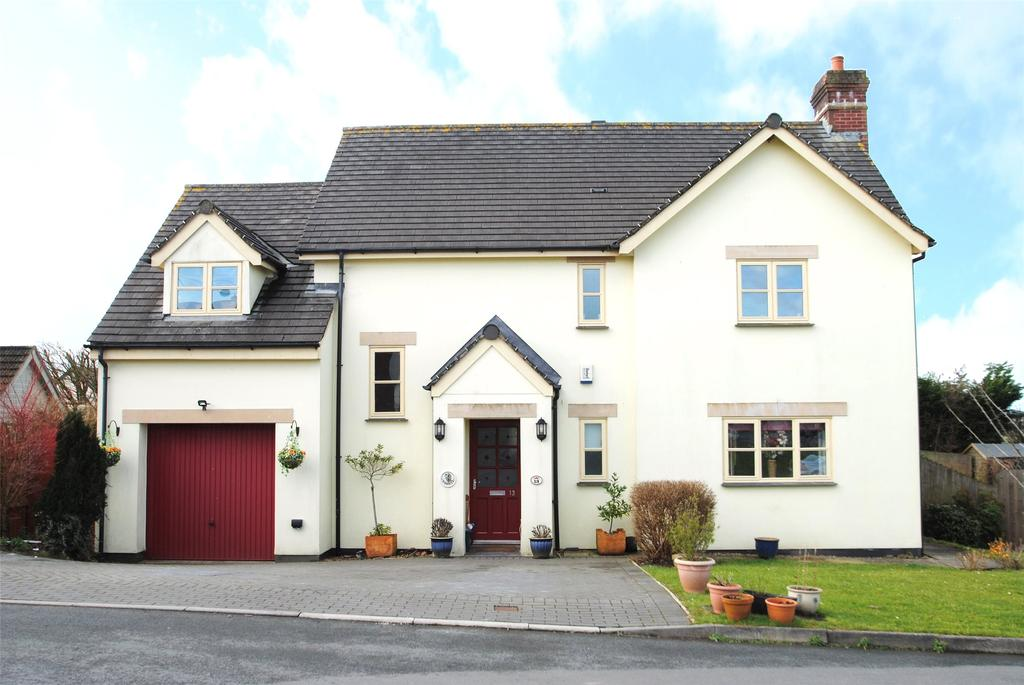 4 Bedrooms Detached House for sale in Meadow Park, Shebbear