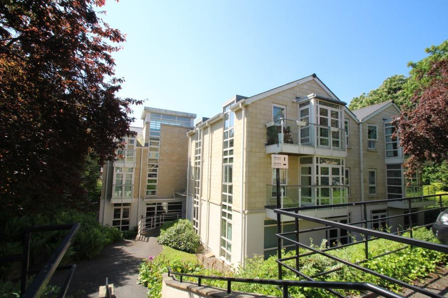 2 Bedrooms Apartment Flat for sale in CONCEPT, STAINBECK LANE, LS7 3PJ