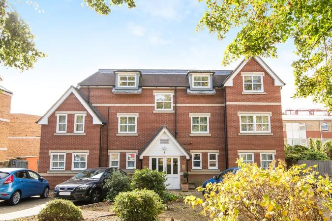 1 Bedroom Flat for sale in Jubilee Court, 4 Creswick Road, Acton