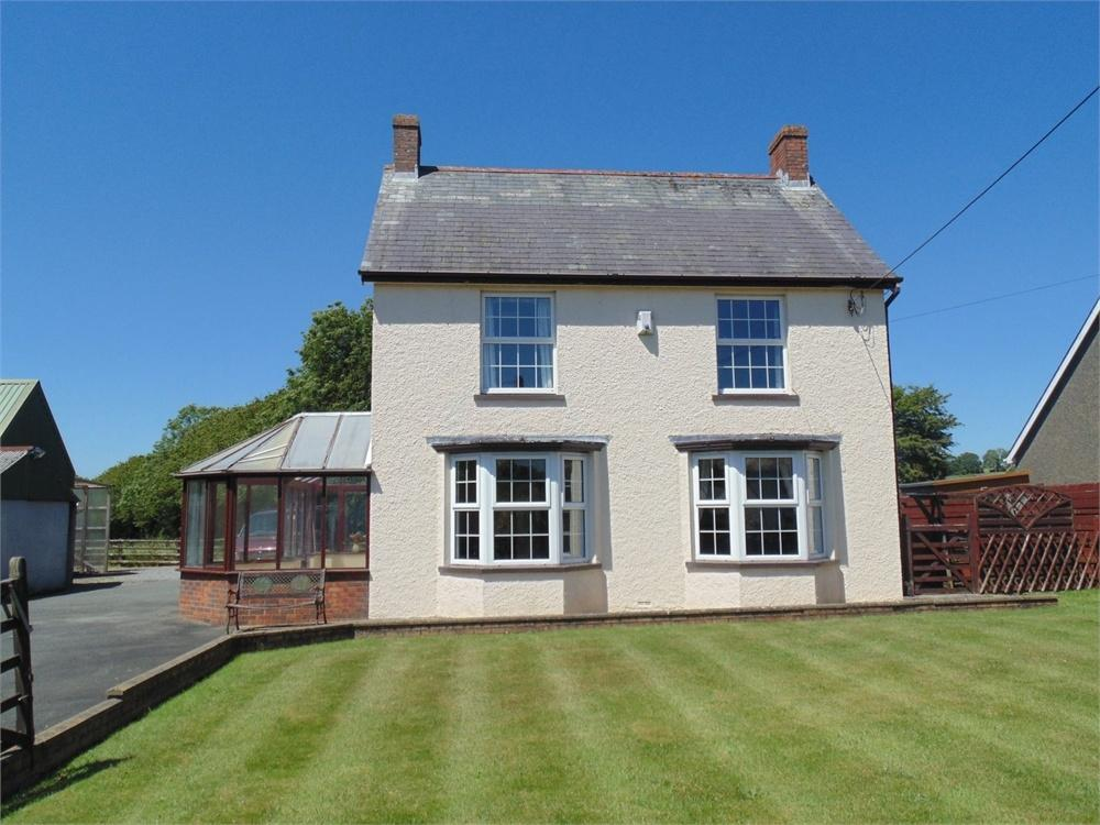 4 Bedrooms Detached House for sale in Lynfield, CLARBESTON ROAD, Pembrokeshire