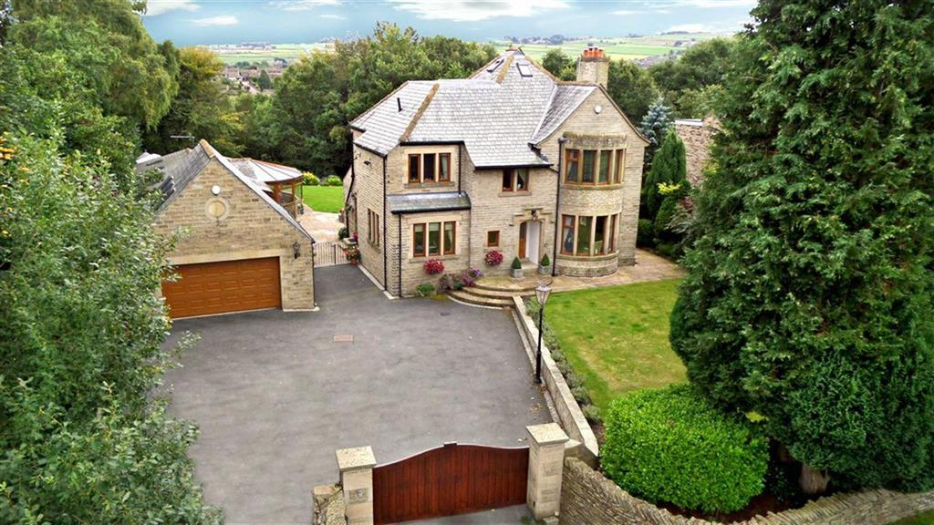 5 Bedrooms Detached House for sale in Sandbeds, Honley, Holmfirth, HD9